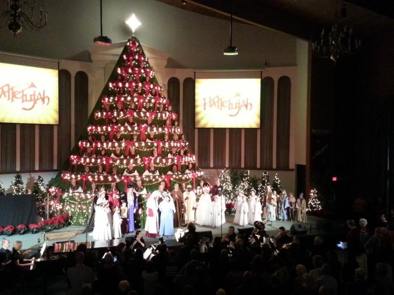 Fee Fee Baptist Singing Christmas Tree Video